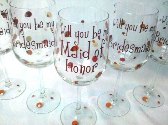 Will you be my Bridesmaid/Maid of honor/Matron of honor wine glasses, 4 Bridesmaid proposal glasses.