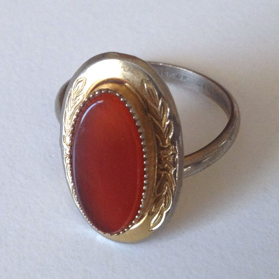 vintage 1940s 14k gold fill coral red glass stone adjustable ring by Cellini carnelian