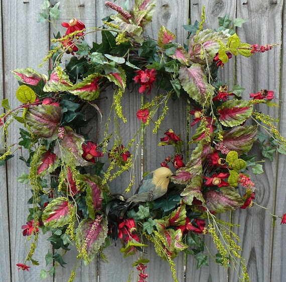 Wreath -  Beautiful interior deep red Wreath with Coleus and Bird -  Wreath in Interior Color