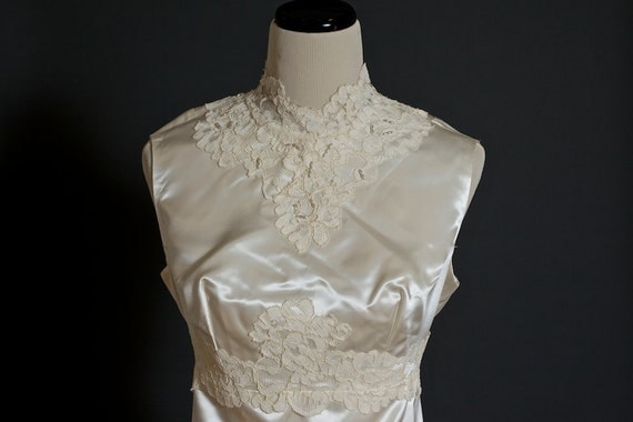 Turtle Neck Wedding Gowns: Items Similar To Vintage Ivory Satin 1930s Wedding Dress