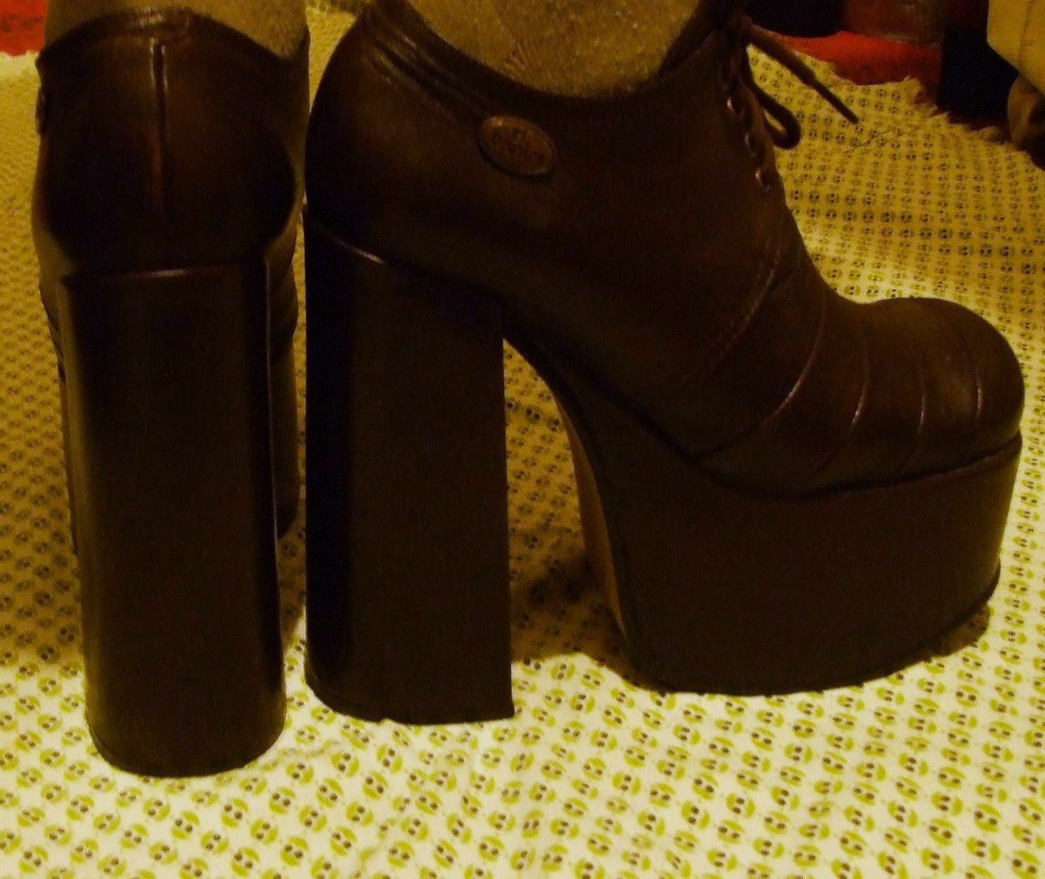 SALE Vintage 60's 70's El Dantes wood platform shoes