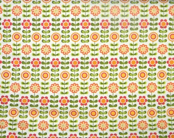 Summer Song - by My Mind's eye for Riley Blake Designs - Pattern C7051 White Summer Flowers