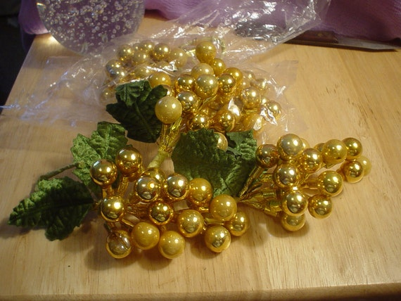 5 Destash Vintage Mercury Glass Gold Holly Berry Picks