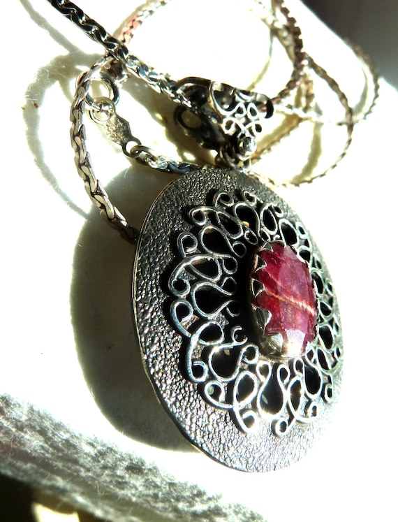 Victorian RUBY .925 Silver Pendant  with chain. France