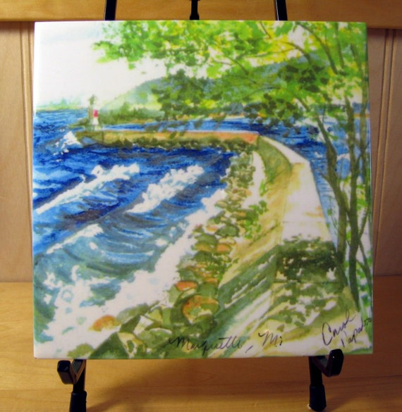 Lower harbor breakwall tile marquettemi lake superior for Thill s fish house