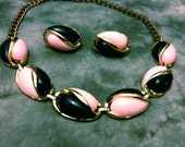 Beautiful Vintage Teardrop Pink & Black Thermoset Necklace and Earrings Demi-Parure Set
