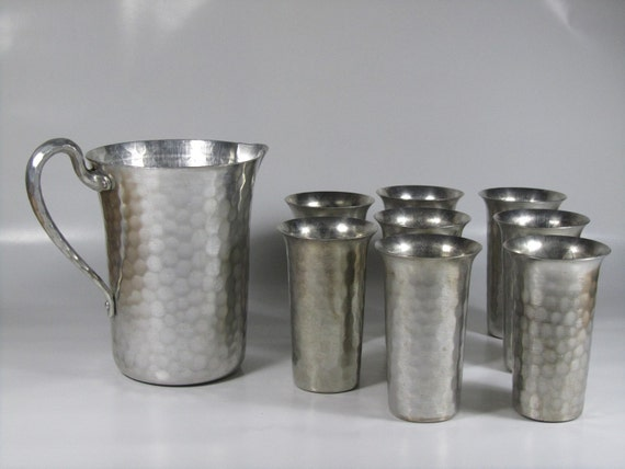 Everlast Forged Aluminum Pitcher and Cups
