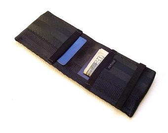 Minimalist credit card wallet with elastic - black
