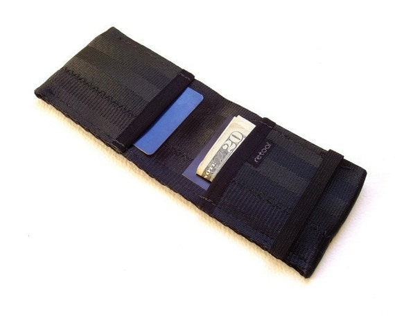 Minimalist credit card wallet with elastic - black