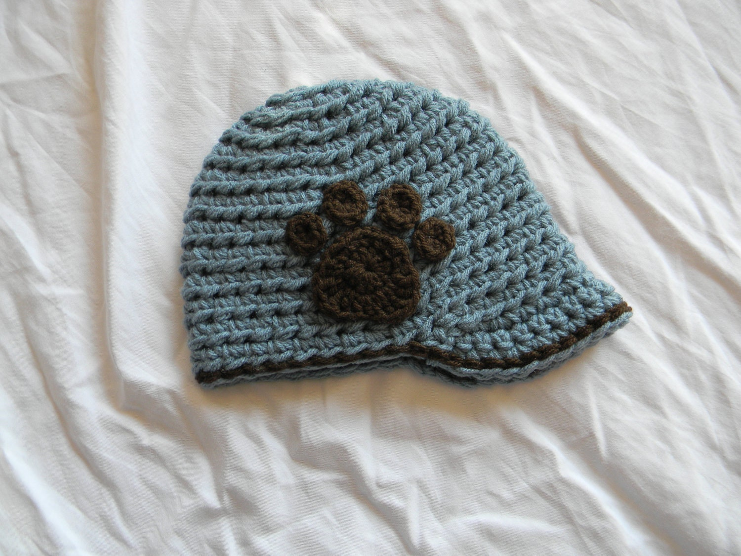 Free Crochet Pattern For Paw Print : CROCHET PATTERN Inside Track Brimmed Cap with Paw Print or