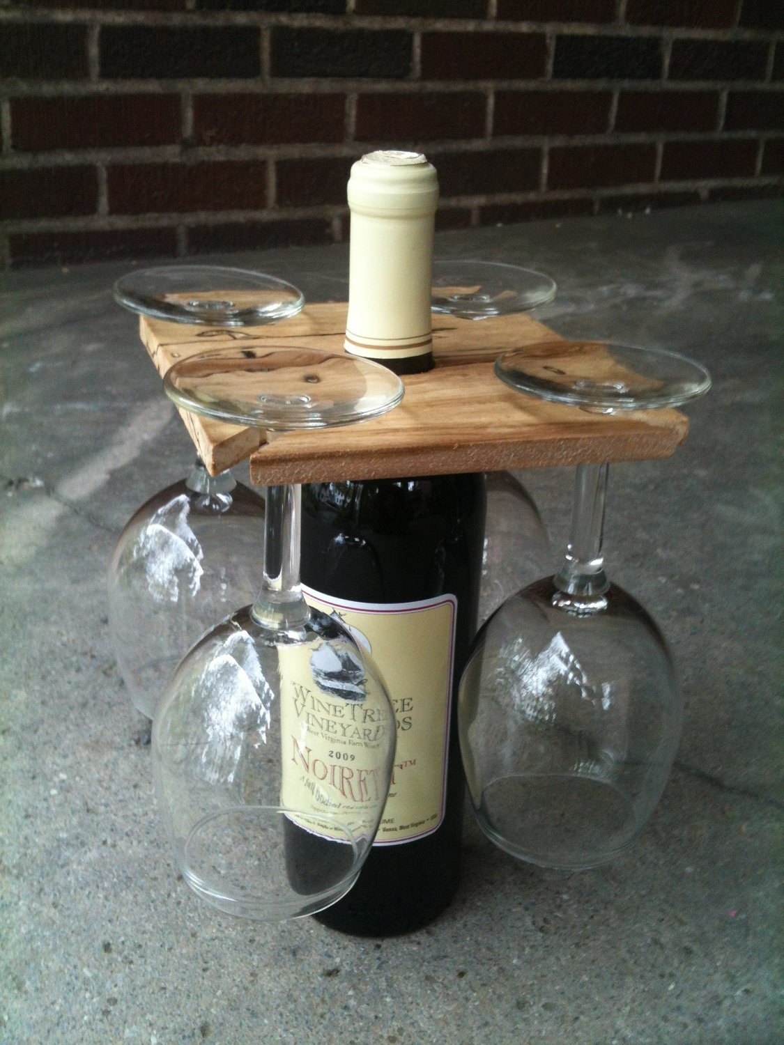 Party of four hardwood rack for wine bottle and four glasses for Making glasses from bottles