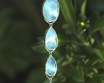 Rain Drop Aquamarine Pendant