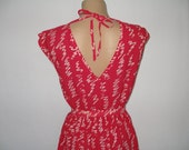 PRETTY RED DRESS Vintage  with  pockets,  belt   and  open back, size  M / L