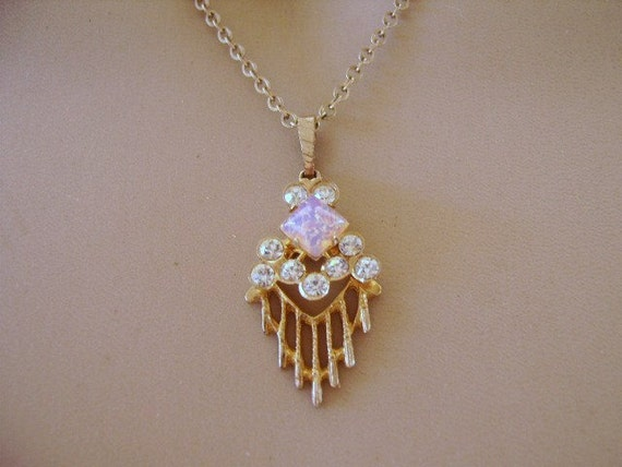 Vintage Gold Tone Chain and Clear Rhinestone & Faux Opal Pendant
