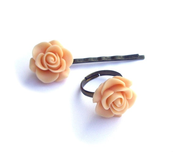 Ring and hair pin set, peach ring, peach hair pins, statement ring, resin flower jewelry