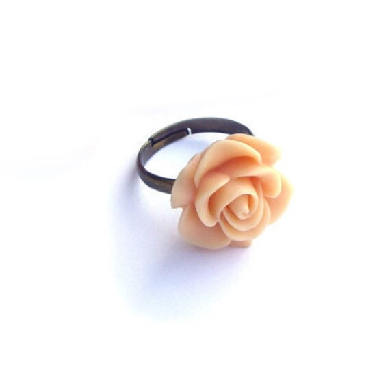 Flower Ring, Peach ring, Resin flower ring,