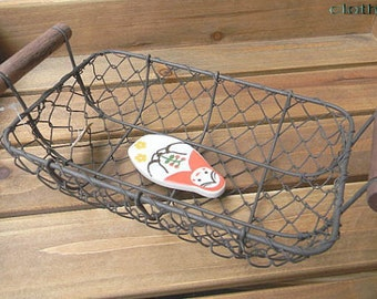 80's Wire Basket - Wood Handle - Black Color - with natural wear-off