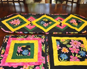 Table runner and placemat set