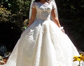 Everlasting Love-Vintage Smith and Lang Co.1950s Organdy-Chantilly Lace and Tulle Princess Bridal Gown