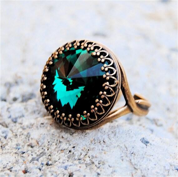 Emerald Green Ring Swarovski Crystal Ring Victorian Crown Emerald Green Antique Brass Adjustable Ring Mashugana