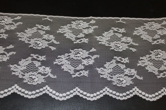 White Lace Trim--7.5 inches wide