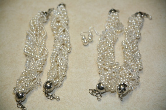 5 bridal party bracelets off white with clear cyrstals with matching earrings with crystal spacers