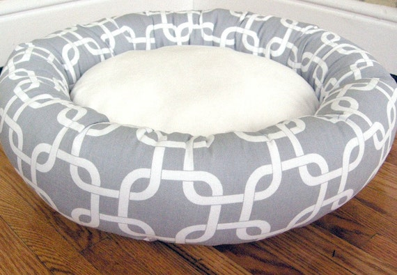 """READY - to - SHIP -- One-Piece 18"""" - Dog Bed - Cat Bed - Gray & White Print and Minky Fleece"""