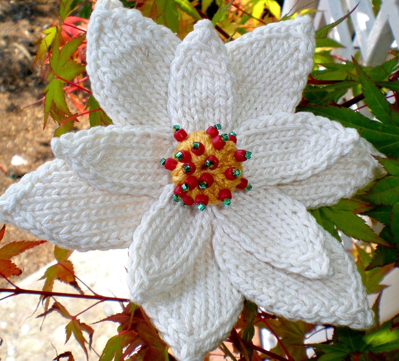 Pdf knit flower pattern poinsettia knit flower zoom bankloansurffo Image collections