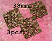 Sale 3 FILIGREE Squares 38mm D.I.Y. Jewelry Making Scrapbooking Mixed Media Collage