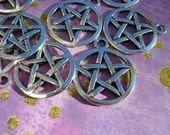 12 Silver finish PENTACLE Charms -  D.I.Y. Wiccan Jewelry Making Majicks Double Sided