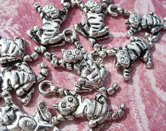10   Cheshire Cats Drops D.I.Y. Alice in Wonderland Antiqued Silver Finish