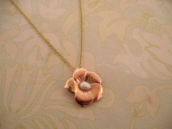 Hibiscus Flower Pendant with Freshwater Pearl/ Hawaii inspired