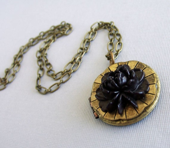 Steampunk A Black Flower for My Love Locket Necklace