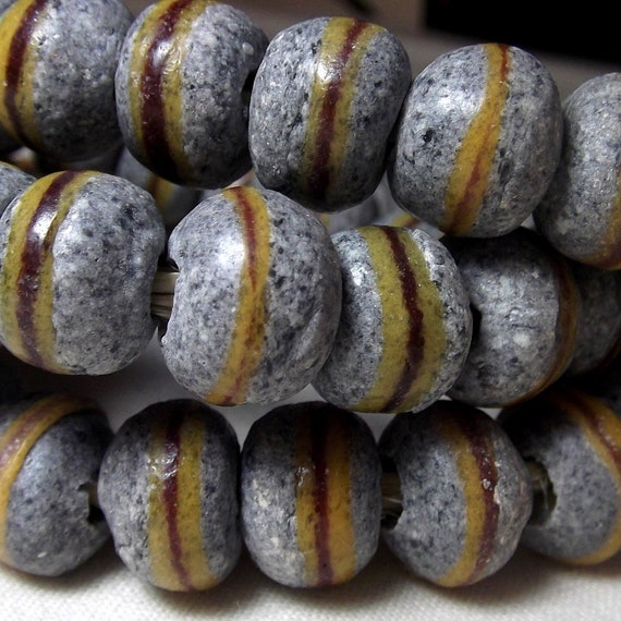 African Beads - Powder Glass Trade beads in stone and yellow (16)