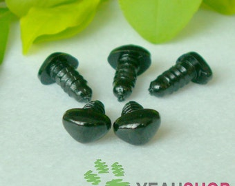 7mmx5mm Triangle Safety Nose / Plastic Nose - 10 PCS - Brown / Black