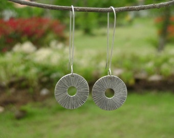 Thai Silver Earrings - The Classic of Radiance (1)