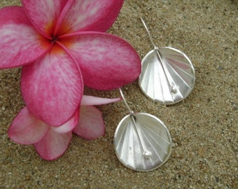 Karen Silver Earrings - The Fasinating Flowers(1)