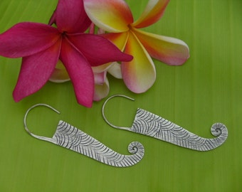 Thai Silver Earrings - The Charming Flat and Curl(1)
