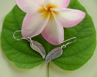Thai Silver Earrings - The Natural Leave(2)