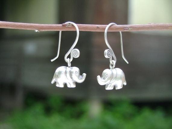 Thai Silver Earrings - The Dangle Spiral(1)