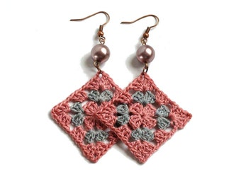 Blush rose pink gray crochet square earrings, bead decorated, cooper plated hooks, pink granny earrings, fiber textile jewelry crochet