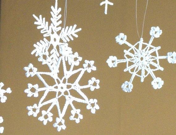 6 Lace Crochet snowflakes, christmas ornament decoration -   different designs - set 1 medium size