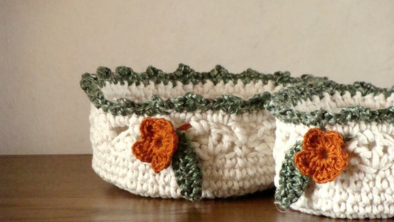 Reserved for Barbara (bhbadian) - Cotton nested utility baskets - cream white with flowers decoration - 2 pieces set