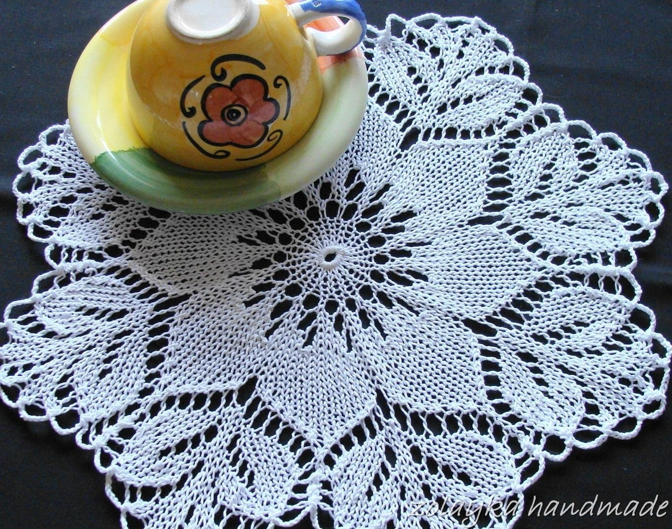 Hand Knitted Lace Cotton Doily Daisy Free