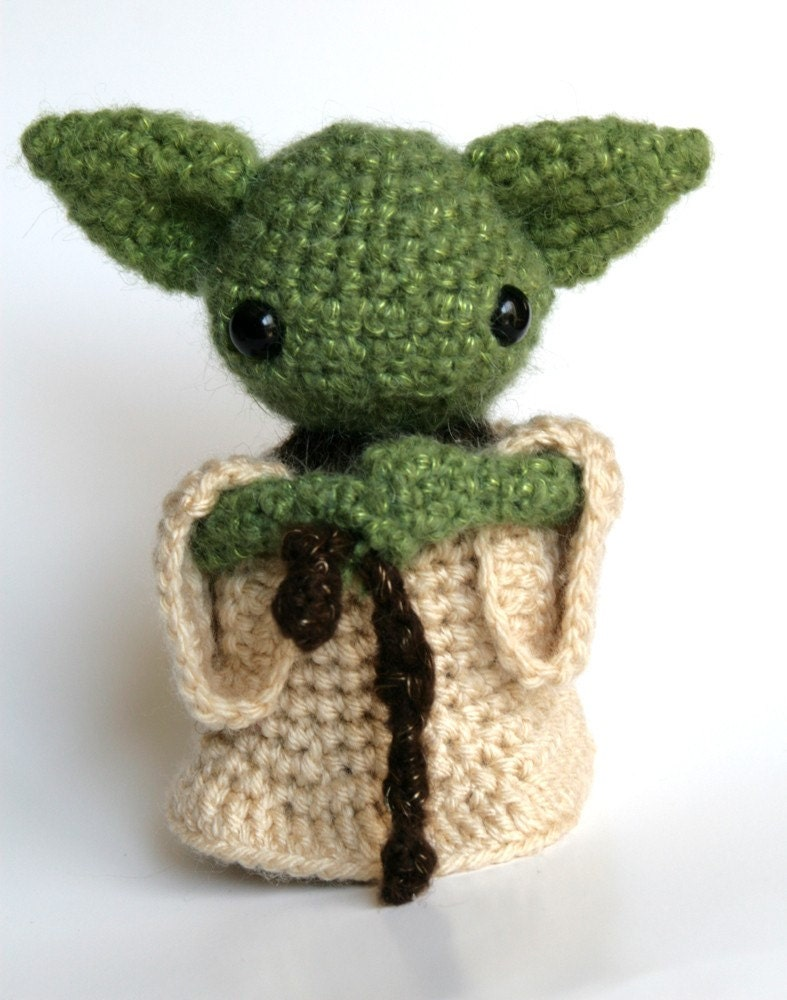Yoda Amigurumi Plush Toy