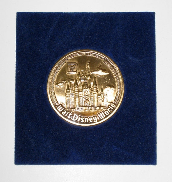 1980s Walt Disney World Brass Coin/ Medal In Holder - NICE / FREE US Shipping