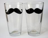 Oversized Mustache Pint Glasses - set of 4