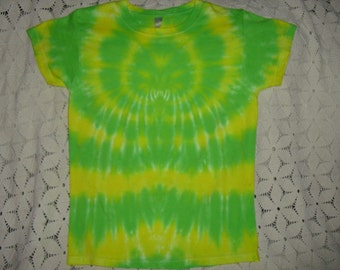 Tiedye Adult Small woman's shirt- Spidered in lemon and lime