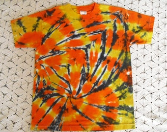 CLEARANCE SALE Tie dye Youth Large shirt  Double-spiraled swirl-  DISCOUNTED