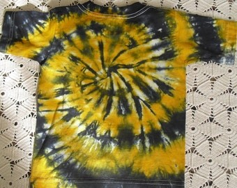 CLEARANCE SALE  Tie dye 3 Toddler shirt spiraled in gold, banana yellow and black  DISCOUNTED, 450